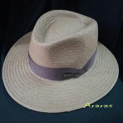 Sombrero Indiana papel tabaco con Pín CS307 en Araras